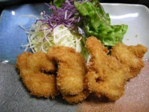 半田市 日本料理『浜潮』の揚げたて大アサリのフライ