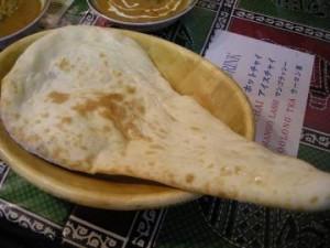 インド料理「ナマステ」のナン