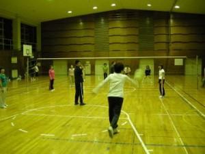 ソフトバレーボールの練習