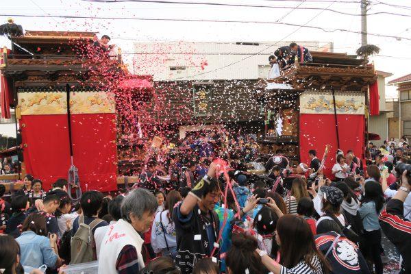 成石神社内6
