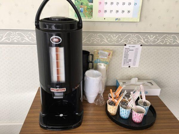 配達したコーヒーポットサービス
