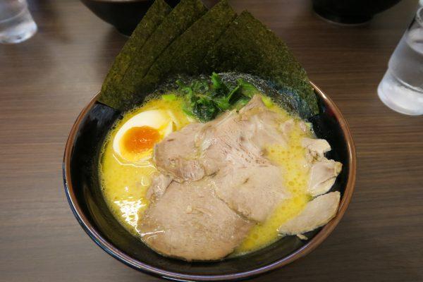 かまし盛ラーメン(800円)