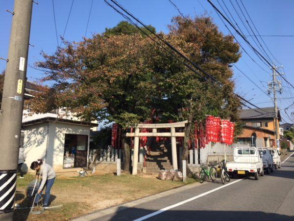 秋のはんだクリーン作戦 児宮春日神社の清掃活動1