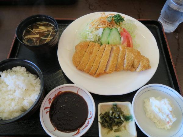乙川 カフェテラス・タカチホ 山形豚のポークカツ定食1