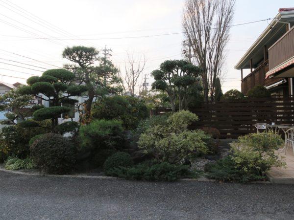 豊環境開発 剪定作業ですっきりした庭2