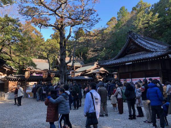 元旦恒例の初詣 常滑 多賀神社