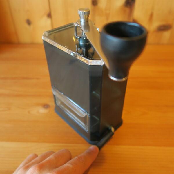 ハリオHARIOクリアコーヒーグラインダー 吸盤で机等に固定